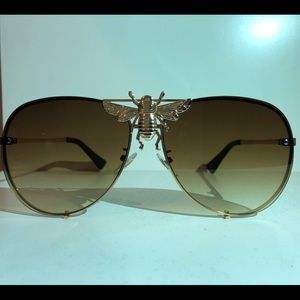 Unisex Gold glasses w/brown tent